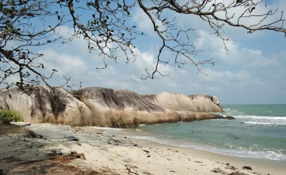 Pantai Penyabong oleh Koen Vanhollebeke